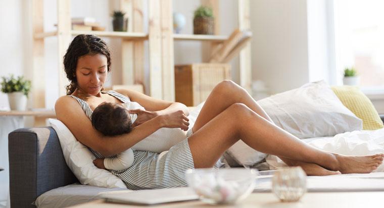 P-W-WMN04135-Breastfeeding-lg