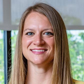 Lindsey Siefker, CNP