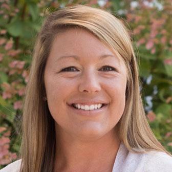 Lindsey Jones, CPNP